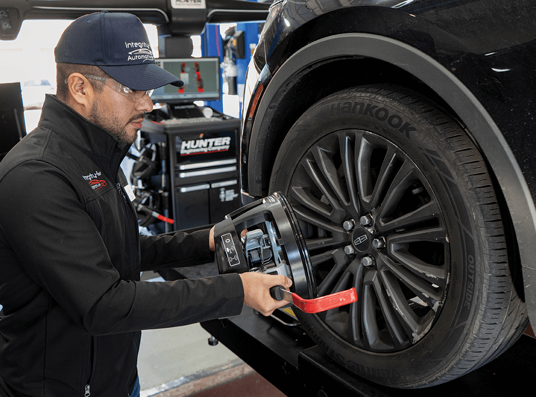 Signs Your Car Needs a Wheel Alignment
