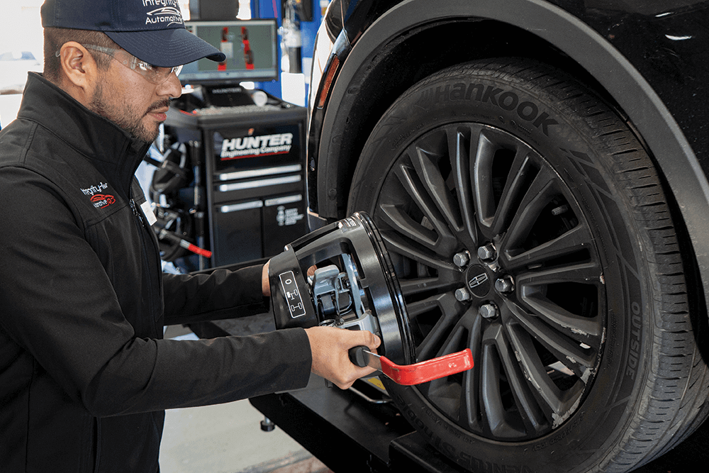 Vehicle Wheel Alignment Benefits